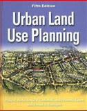 Urban Land Use Planning 9780252030796