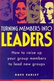 Turning Members into Leaders 9781880828496